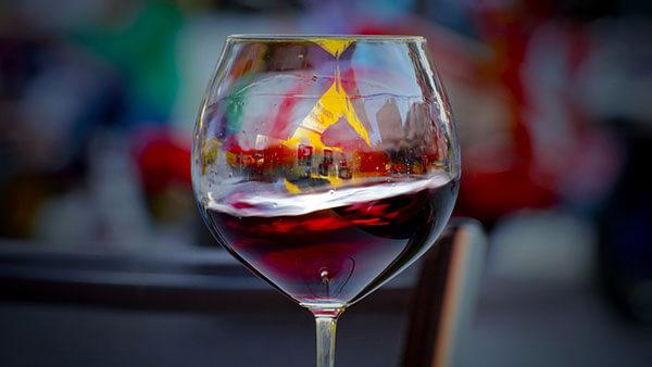 Opte pela taça Borgonha para vinhos com a Pinot Noir
