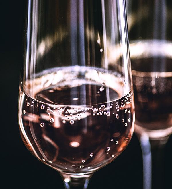 Vinho rosé pode ser servido como branco em temperatura entre 8 e 12º C